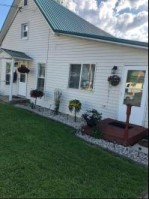 621 Hillsborough Ave, Hillsboro, WI by Simonson Real Estate & Auction $99,900
