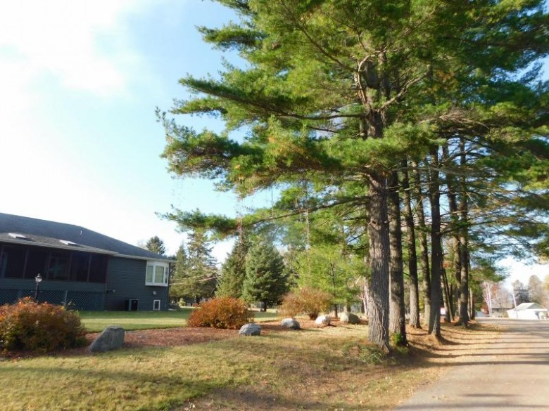 N5644 Sandy Dr, Shawano, WI by Re/Max North Winds Realty, Llc $259,900