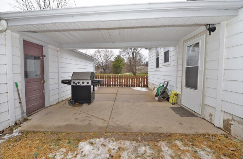 W190S7582 Richdorf Dr, Muskego, WI by Shorewest Realtors, Inc. $189,900