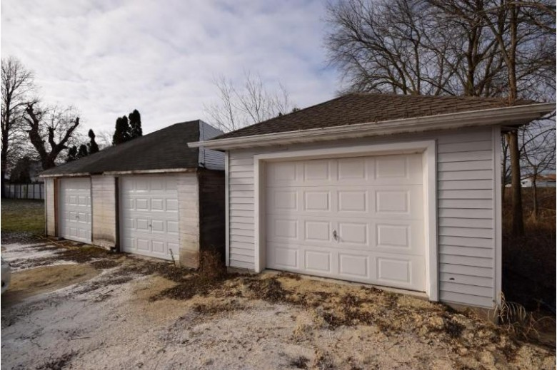 N168W20960 N Main St 20964, Jackson, WI by Emmer Real Estate Group $274,900