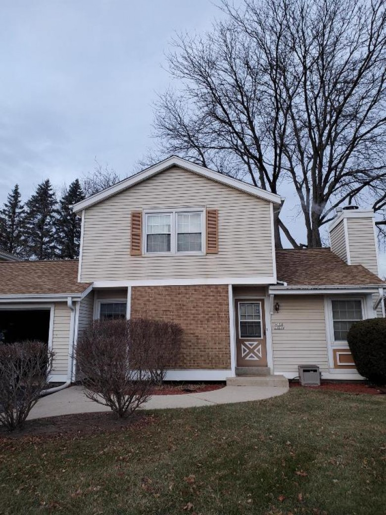 W180S8208 Pioneer Dr, Muskego, WI by First Weber Real Estate $185,000