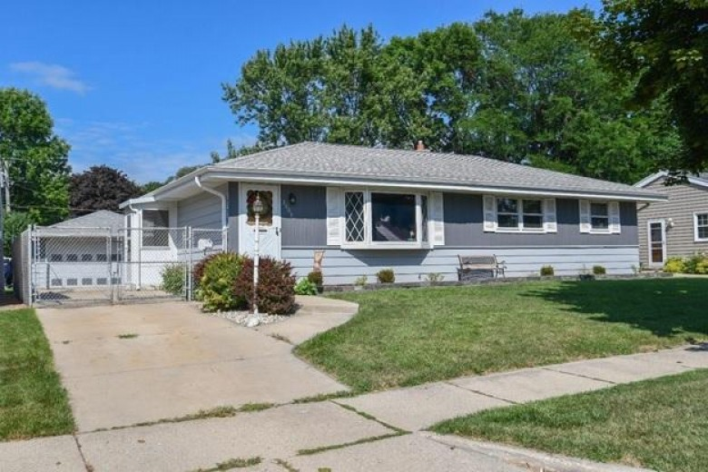 3609 S 95th St, Milwaukee, WI by Homestead Realty, Inc~milw $184,900