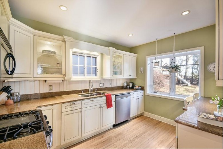 1740 Mountain Ave, Wauwatosa, WI by Firefly Real Estate, Llc $409,900