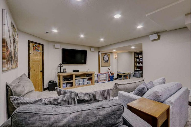 344 Cedar Crest Ln, Slinger, WI by Homestead Advisors $399,900