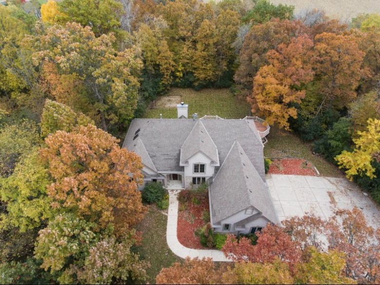 27309 Apple Rd, Waterford, WI by Market Realty Group $499,000