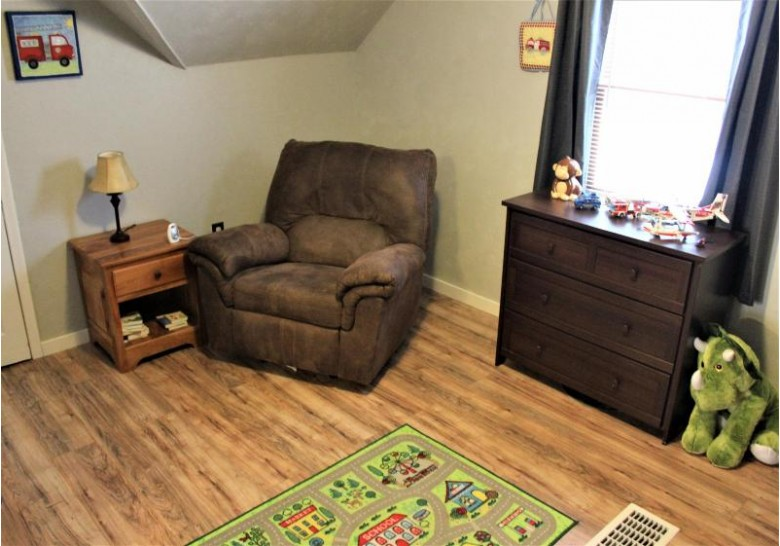 1405 East Ave S, La Crosse, WI by Re/Max Results $154,900