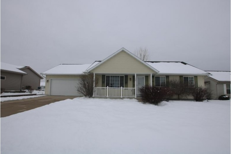 532 Sweetflag Ave, Fond Du Lac, WI by Adashun Jones Real Estate $219,900