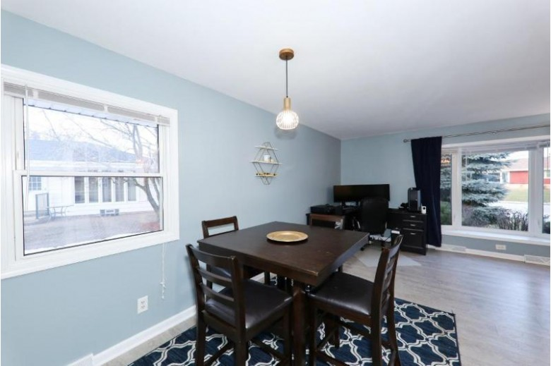 4311 S Honey Creek Dr, Greenfield, WI by Dave Schmidt Realty $240,000
