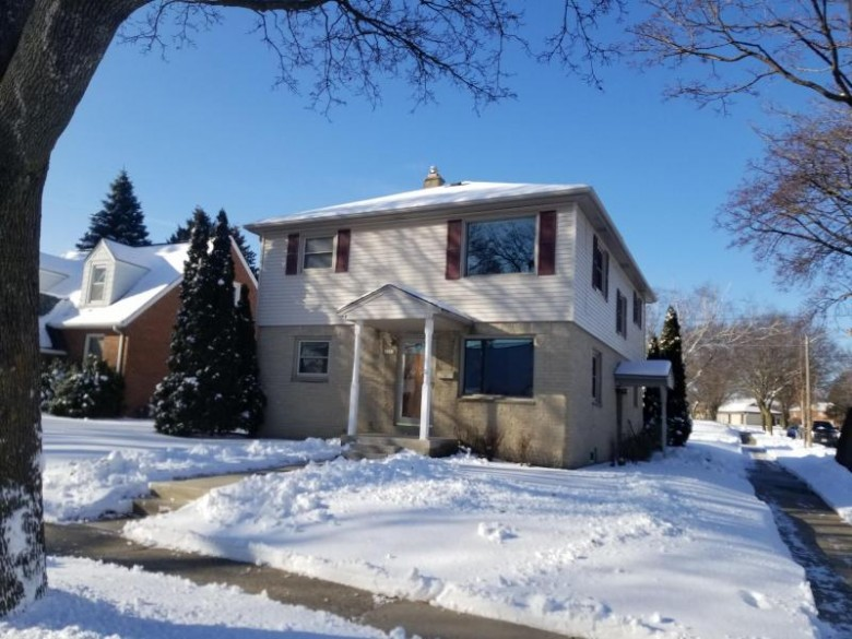 2603 S 71st St, Milwaukee, WI by The Stefaniak Group, Llc $220,000