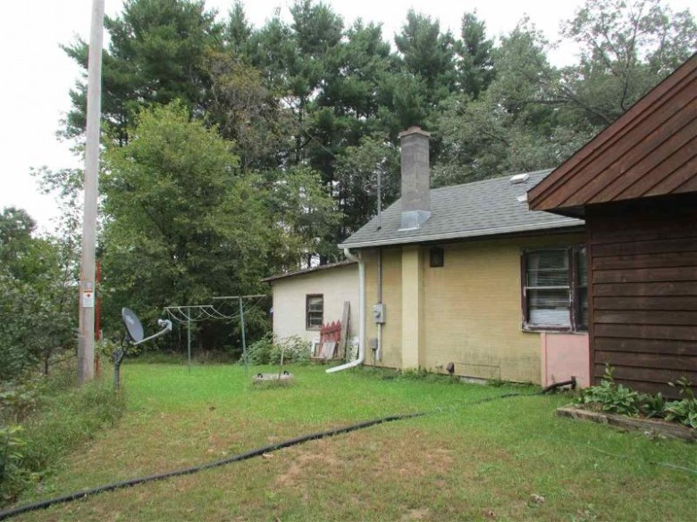 W10268 Hwy C, Wautoma, WI by First Choice Realty, Inc. $53,000
