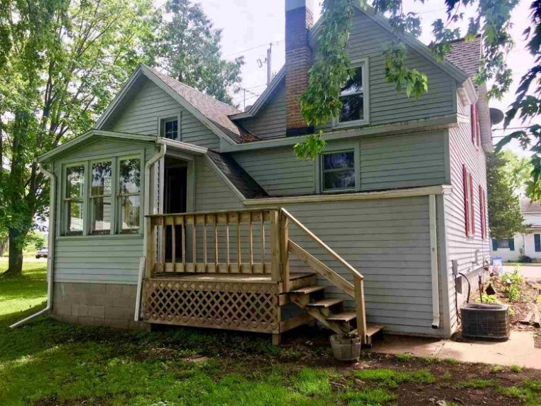 296 Ripon Road, Berlin, WI by First Weber Real Estate $74,900