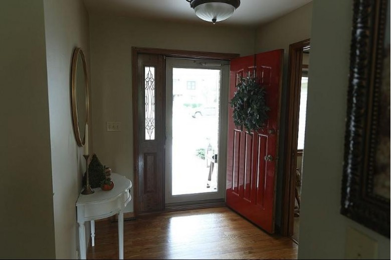 1631 Maricopa Drive, Oshkosh, WI by First Weber Real Estate $329,900