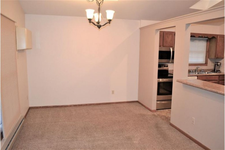 2520 Village Lane, Oshkosh, WI by RE/MAX On The Water $98,000