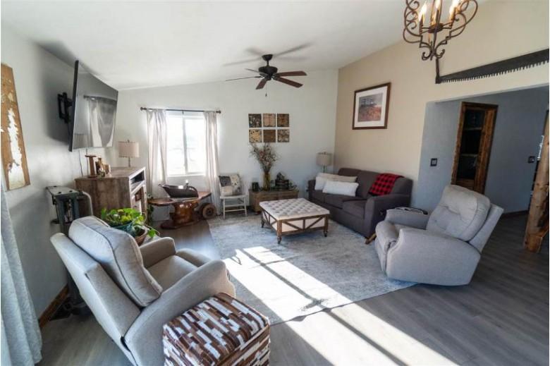 N6264 Hooyman Road, Shiocton, WI by DeWitt Londre LLC $234,850