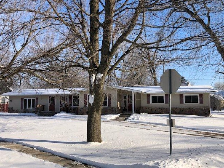 226 S Main Street, Plainfield, WI by Shambeau and Thern Real Estate, LLC $83,000