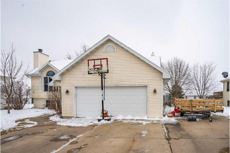 1120 Poppy Lane, Winneconne, WI by Beiser Realty, LLC $199,000
