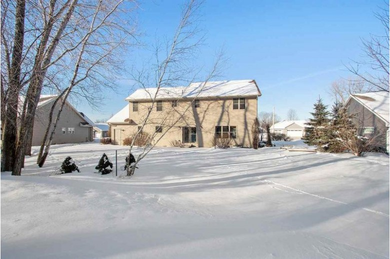 2510 Remington Road, Green Bay, WI by Starry Realty $320,000