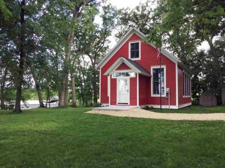 1571 Peniel Rd, Mineral Point, WI by First Weber Real Estate $245,000