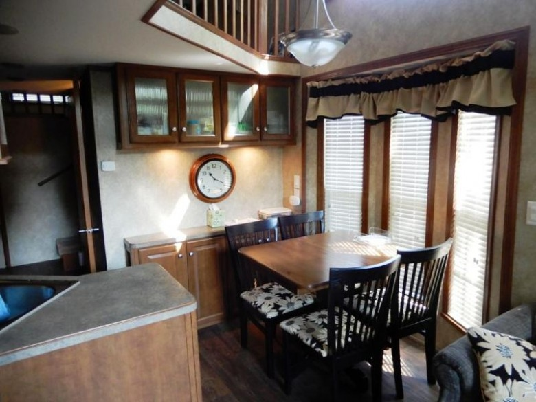 488 Westview Ct, Edgerton, WI by Pat'S Realty Inc $79,900