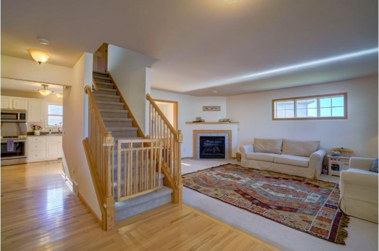 831 Willow Brook Tr, Sun Prairie, WI by First Weber Real Estate $319,900