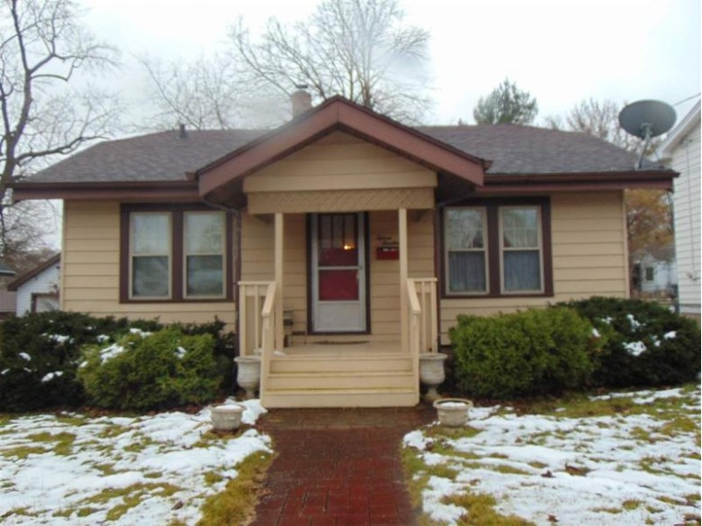 1514 Merrill St, Beloit, WI by Century 21 Affiliated $67,900