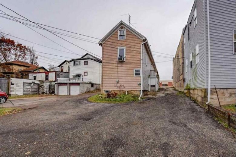 163 N Monroe St, Waterloo, WI by First Weber Real Estate $100,000