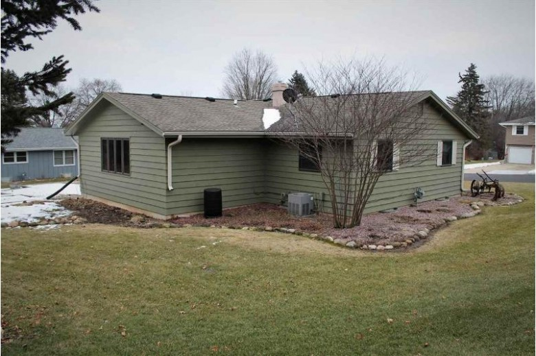 3040 Westwood Dr, Janesville, WI by Briggs Realty Group, Inc $209,000