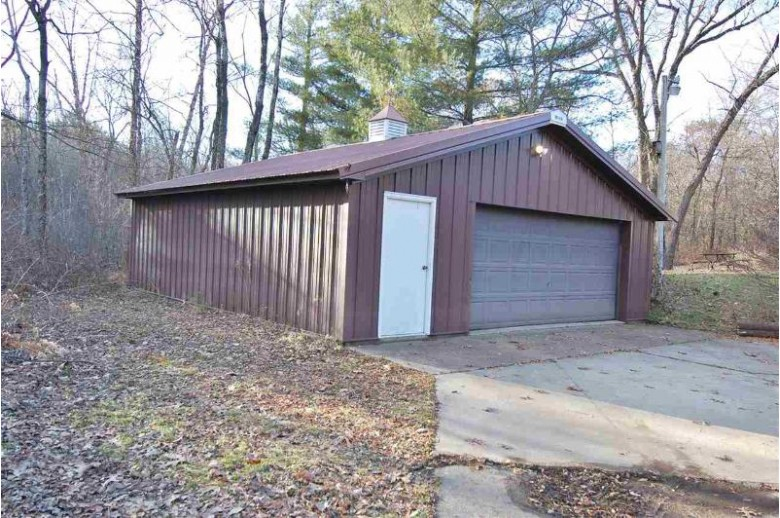 S12655 Merrilee Rd, Spring Green, WI by Driftless Area Llc $215,000