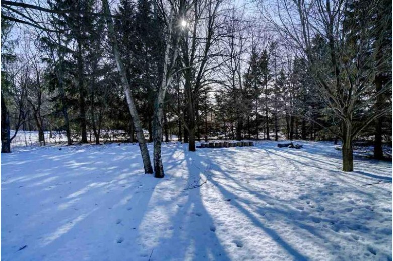 431 Bramble Ln, Brooklyn, WI by Inventure Realty Group, Inc $399,900