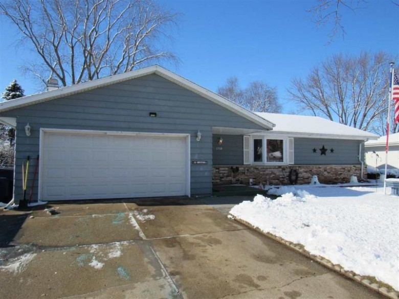 2208 S Arch St, Janesville, WI by Century 21 Affiliated $155,000