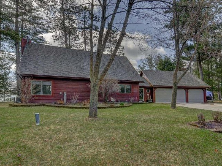N9936 Mohawksin Rd, Bradley, WI by Re/Max Property Pros $337,900