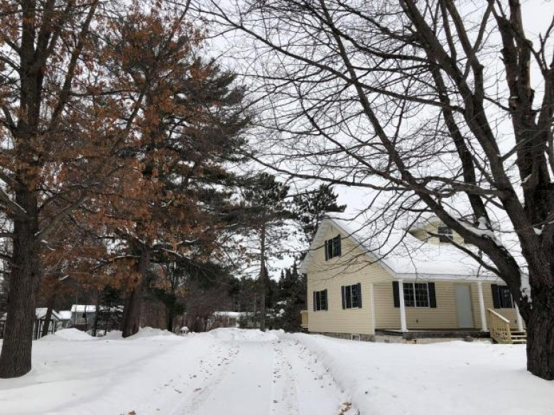 803 Somo Ave E, Tomahawk, WI by Re/Max Invest, Llc $62,500