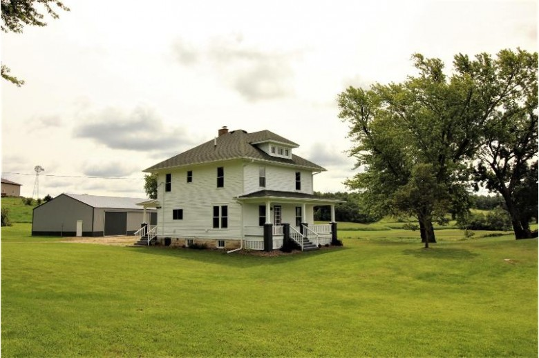 S7210 County Rd J, Viroqua, WI by New Directions Real Estate $259,900