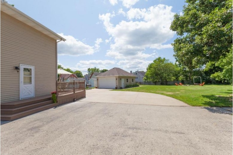 175 Branch St, Hartford, WI by Re/Max Realty 100 $192,900