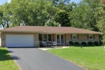 5375 S Magellan Dr, New Berlin, WI by Non Mls $275,000
