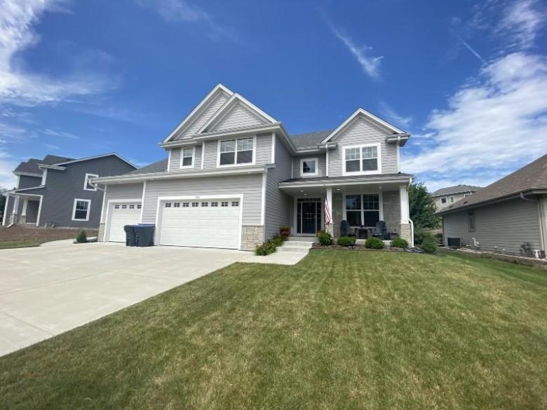 2131 Wichita Ln, Grafton, WI by Non Mls $507,000