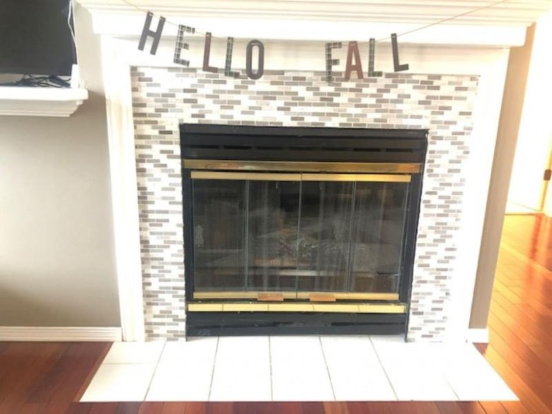 2096 E Baraboo Circle, De Pere, WI by Coldwell Banker Real Estate Group $229,900