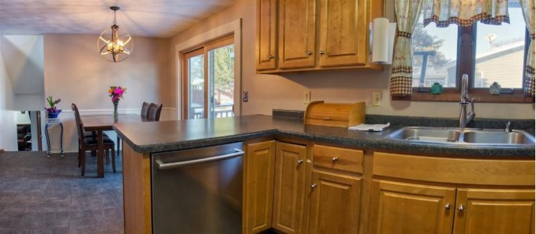 2120 W Glendale Avenue, Appleton, WI by Coldwell Banker Real Estate Group $187,995