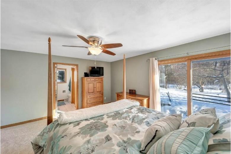 1049 Highland Park Road, Neenah, WI by Fanta Real Estate $249,900