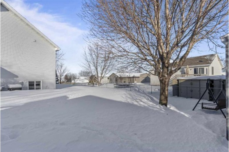 3855 Harvest Court, Oshkosh, WI by Keller Williams Fox Cities $194,900