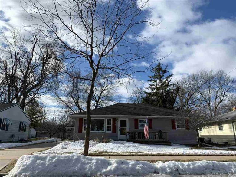 535 E Wilson Avenue, Appleton, WI by Coldwell Banker Real Estate Group $154,900