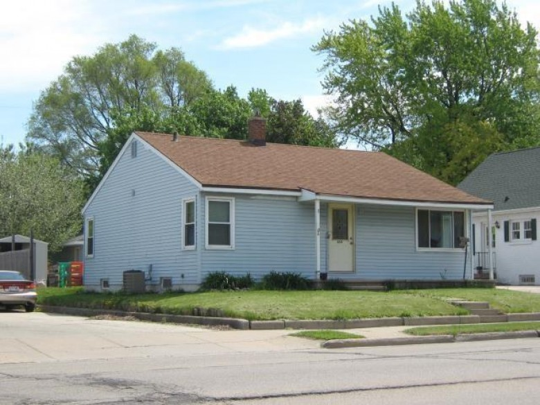 858 S Commercial Street, Neenah, WI by Century 21 Ace Realty $99,900