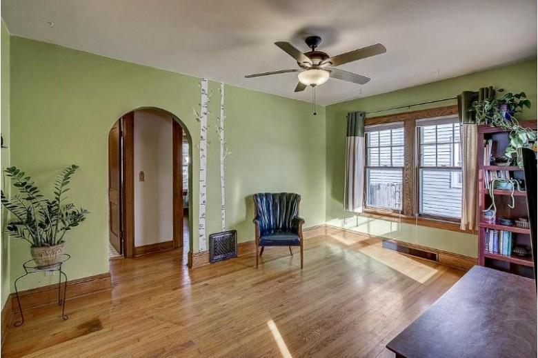 1718 Schlimgen Ave, Madison, WI by Keller Williams Realty $249,000