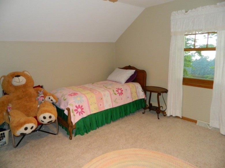 1820 Crestview Drive, Wausau, WI by First Weber Real Estate $254,900