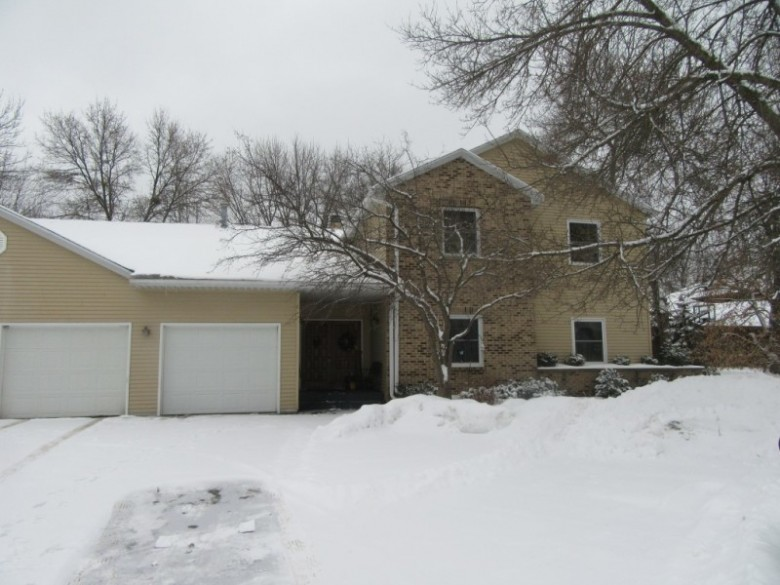 401 Sommers Street Unit A, Stevens Point, WI by First Weber Real Estate $139,900