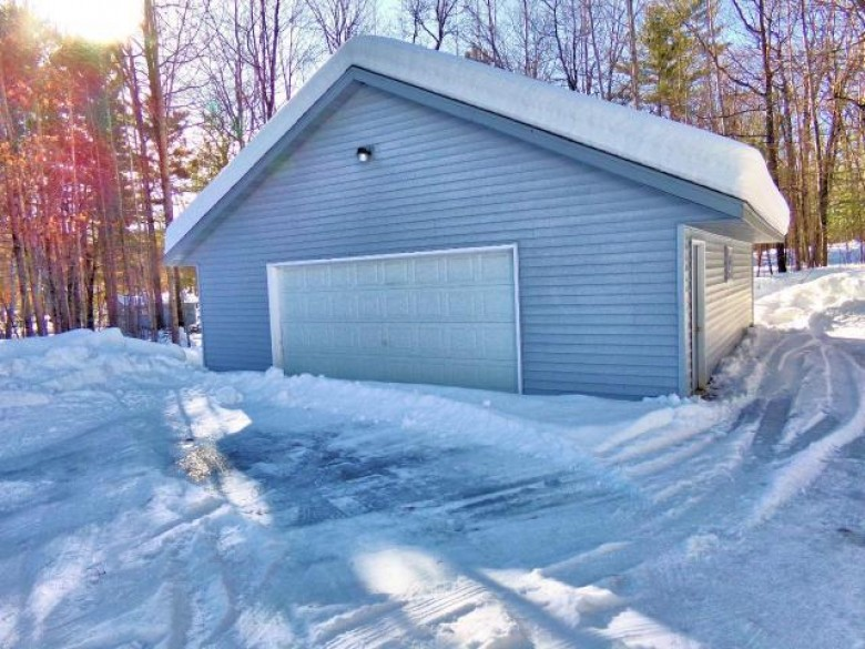 8553 Sutton Rd, Minocqua, WI by Coldwell Banker Mulleady - Mnq $218,500