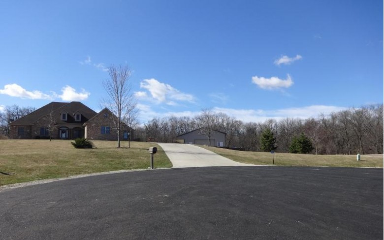 1606 Rookery Glen, Waterford, WI by 1st Choice Properties $175,000
