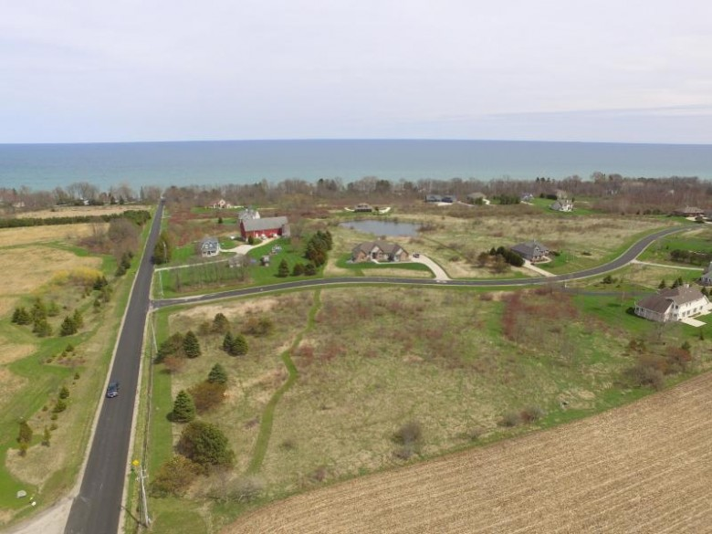 5281 Upper Lakeview Ridge Rd, Belgium, WI by Re/Max Gallery $100,000