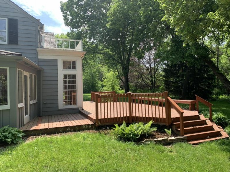 8395 N Pelican Ln, River Hills, WI by Berkshire Hathaway Homeservices Metro Realty $549,900