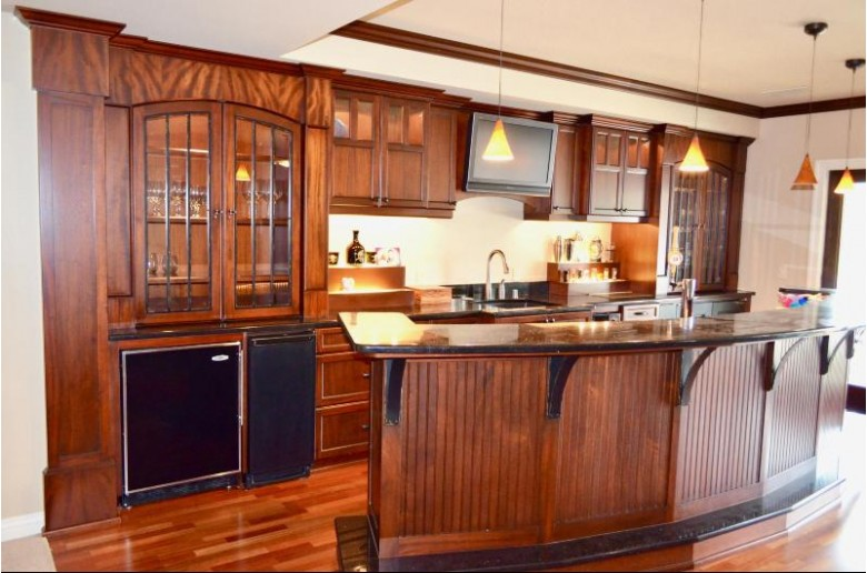 W204N9901 Lannon Rd, Colgate, WI by Re/Max Realty 100 $1,180,000